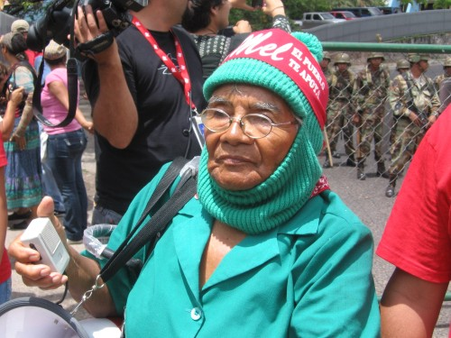"Dionisia Diaz, the ""Grandmother of the Resistance"" in Tegucigalpa, September 23, 2009. Photo: Sandra Cuffe"
